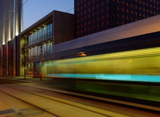 Réunion publique sur le tram rapide et son contexte multimodal avec le ministre François Bausch